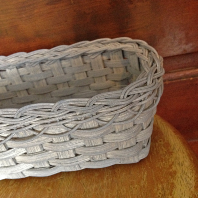 Braided Rim Bread Basket