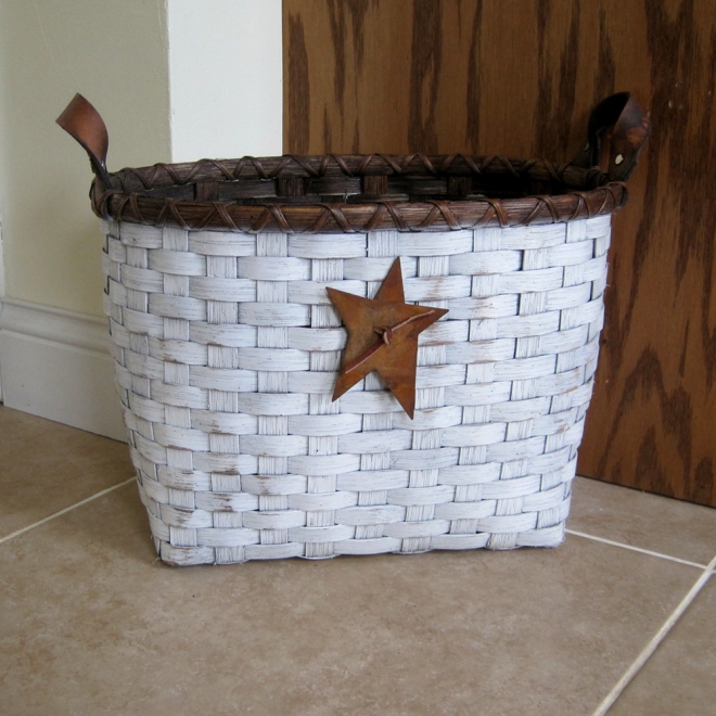 Little waste basket painted joanna 39 s collections country home basketry - Shabby chic wastebasket ...