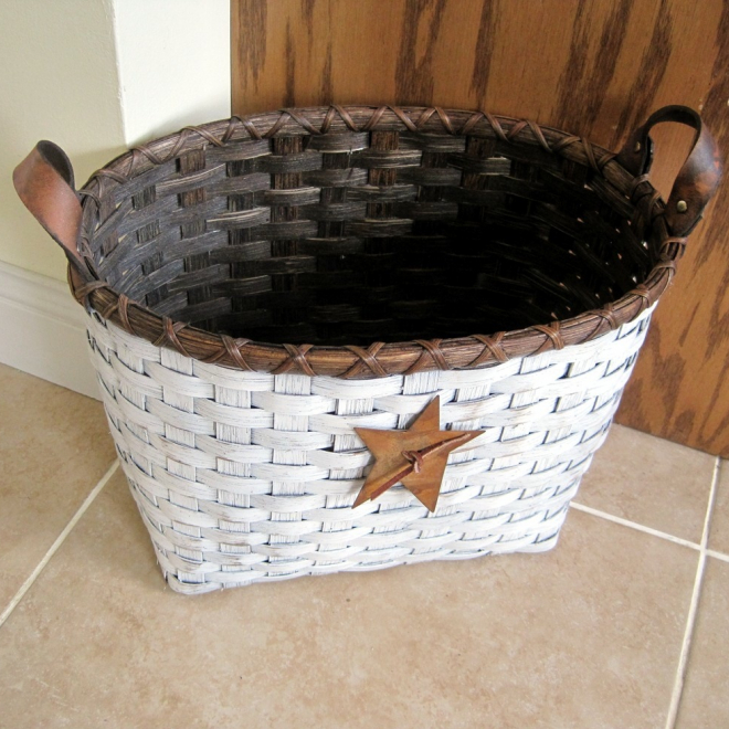 Little Waste Basket - Painted