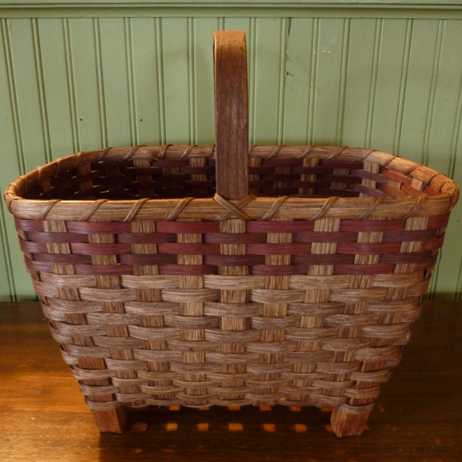 New England Chairside Basket